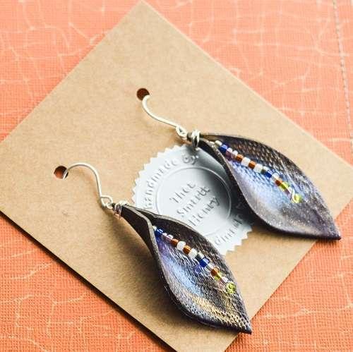 theasmartthenry.co.uk chocolate beaded leaf drop earrings