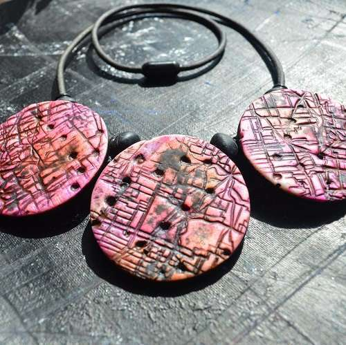 theasmartthenry.co.uk pink aerial textured trio necklace